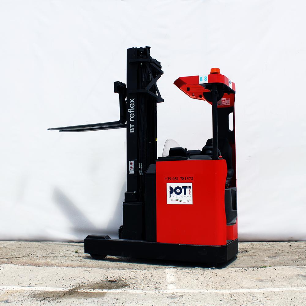 Noleggio-carrelli-elevatori-elettrici-Bologna-Poti-Noleggi
